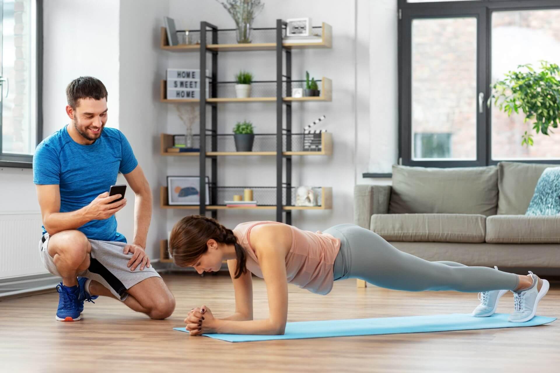 Übungen zur Kraftausdauer - Planks