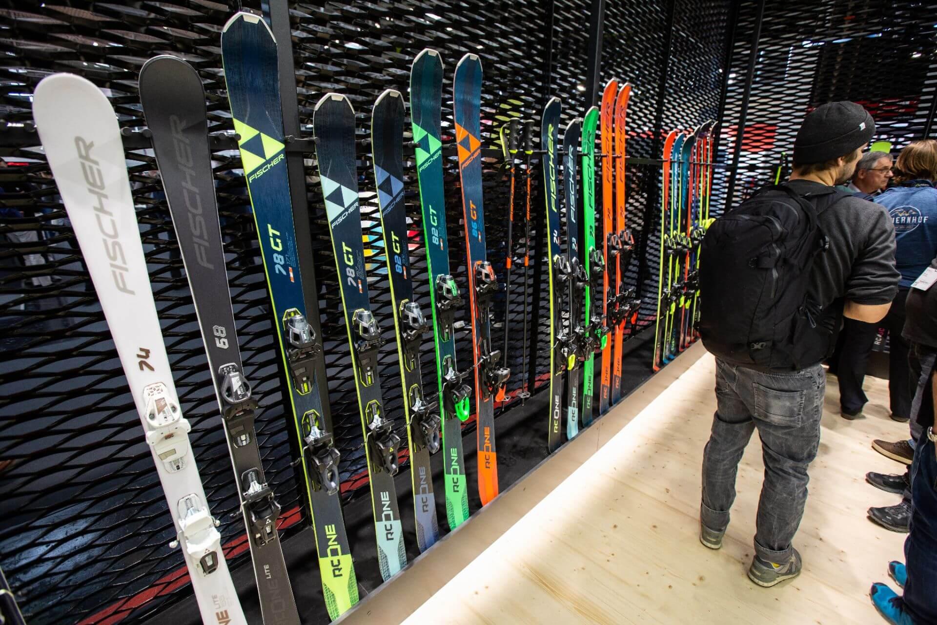 Fischer erfindet neue Kategorie zwischen Slalom- und Riesenslalom-Ski