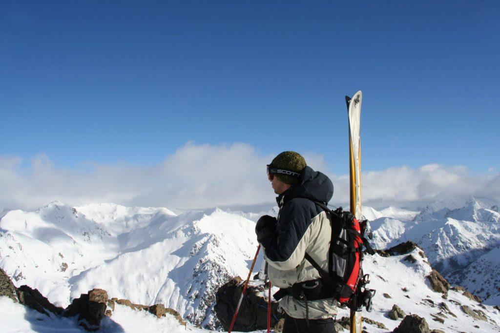 Skifahrer am Cerro Catedral.