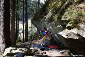 Bouldern im Zillertal: Top-Gebiete für Problemlöser
